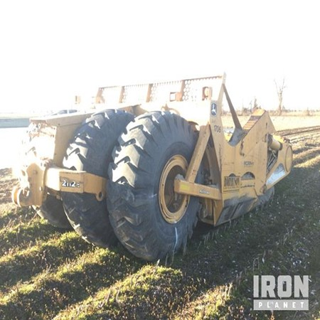 Used 2008 John Deere 2112E Pull Scraper for sale in Good condition