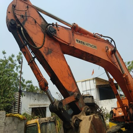 Used  HITACHI ZX 450 - Crawler Excavator for Sale