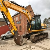 Used Excavator JCB JS220LC – Year 2010 with 5ft & Grading Bucket for Sale
