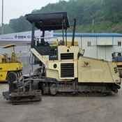 Used ABG TITAN - 326 Paver for Sale