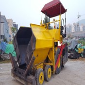 Used DYNAPAC F8W Paver - 1999 Year, 2100 Hours for Sale