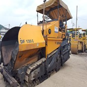 Used DF135C DEMAG Paver for Sale in Good Condition