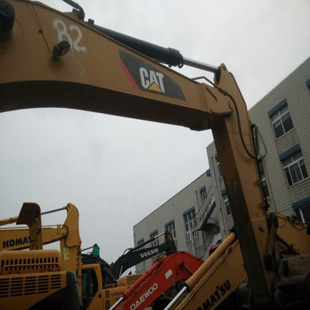 CAT 330D 2 Units of Used Tracked Excavator – Year 2008 for Sale