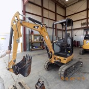 2012 Caterpillar 302.7D CR Used Mini Crawler Excavator for Sale